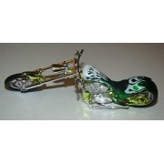 MotorMax 6-inch Iron Choppers 1/18 Scale Motorcycle - Green