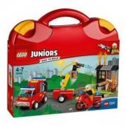 ЛЕГО Джуниърс - Пожарникарски куфар, LEGO Juniors, 10740