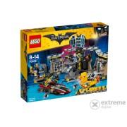 LEGO® Batman Movie Batcave Break-In 70909