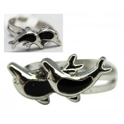 Twin Dolphins Sea Life Mood Ring