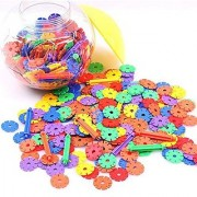 Has 600 Pieces colorful snowflake shape blocks and 28 axles.-Encourages creativity giant storage tub-Endless creative