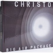 Christo. Big Air Package