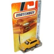 Mattel Matchbox 2007 MBX VIP Luxury 1:64 Scale Die Cast Metal Car # 40 - Yellow Sport Utility Vehicle SUV Range Rover Sport by Mattel