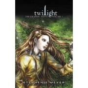 Twilight: the Graphic Novel: Vol. 1 by Youn-Kyung Kim