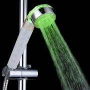Svítící LED hlavice na sprchu