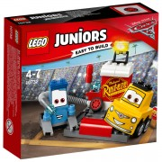 LEGO Juniors: Cars 3 Guido and Luigi's Pit Stop (10732)