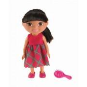Dora the Explorer W3717 - Muñeca de Dora la Exploradora con vestido