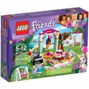 LEGO® Friends Petrecerea de ziua de naștere 41110