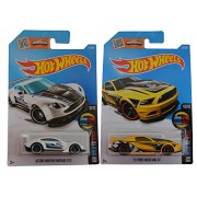 Hot Wheels 2016 Mild to Wild 2013 Ford Mustang GT & Aston Martin Vantage GT3 2-Car Set