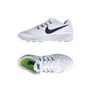 NIKE NIKE LUNARTEMPO 2 - CHAUSSURES - Sneakers & Tennis basses - on YOOX.com