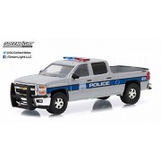 New 1:64 HOT PURSUIT SERIES 17 ASSORTMENT SILVER 2015 CHEVROLET SILVERADO - CHEVROLET USA POLICE Diecast Model Car By Greenlight by Greenlight