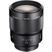 Sony SAL Sonnar T* 135mm F: 1.8 ZA objektív