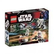 Lego Star Wars Clone Trooper Battle Pack 7655 by LEGO