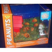 """SNOOPY AS THE """"WORLD WAR ONE FLYING ACE,"""" DELUXE SET, IT'S THE GREAT PUMPKIN CHARLIE BROWN by Peanuts"""