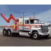U.S. Wrecker Truck