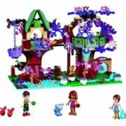 Set Constructie Lego Elves Ascunzisul Din Copac Al Elfilor
