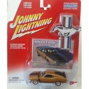 Johnny Lightning 1970 Ford Mustang Boss 302 Die Cast 1:64 Car Gold (Dated 2004)