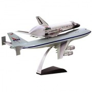 Dragon Models NASA Space Shuttle Discovery with 747-100 SCA (1/144 Scale)