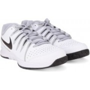 Nike VAPOR COURT Tennis Shoes(White, Black)