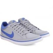 Nike CAPRI III L Men Sneakers(Grey)