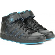 Adidas VARIAL MID Men Skateboarding Shoes(Black, Blue)