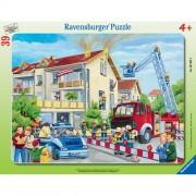 Puzzle pompieri in actiune, 39 piese, RAVENSBURGER