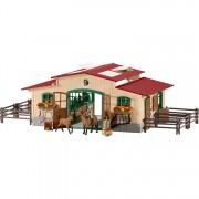 Stal met paarden en accessoires - set