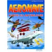 Aeronave - Carte cu abtibilduri
