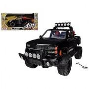 Motormax 1:24 1992 Chevrolet 454 SS Off Road Pickup Truck Black