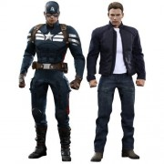 Captain America The Winter Soldier Movie Masterpiece Captain America & Steve Rogers 1:6 Collectible Figure Set by Hot Toys