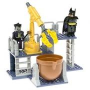 LEGO Justice League C3 Construction Chemical Warehouse Battle with Batman & Joker Figures