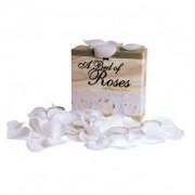 Lit de roses blanches parfumés