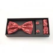 Accesorii elegante barbati model floral rosu