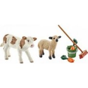 Figurina Schleich Stable Cleaning Kit With Calf and Lamb