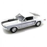 Maisto - Ford Mustang GT Cobra Jet Hard Top (1968 1:18 White)