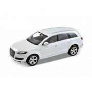 Audi Q7 White 1/18 Welly 18032