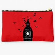 Uptown 18 Women Casual Red Clutch