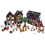 LEGO Kingdoms 10193 Medieval Market Village- LEGO