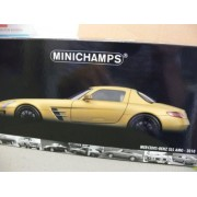 2010 Mercedes-Benz SLS AMG [Minichamps 100039024], Oro, 1:18 Die Cast