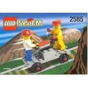 Lego 2585 Track Buggy with Station Master and Cool Kid