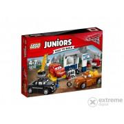 LEGO® Juniors Garajul lui Fumuriu 10743