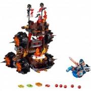 LEGO® NEXO KNIGHTS™ Maşina de asediu a generalului Magmar! 70321