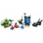 LEGO® Juniors Batman™ și Superman™ contra Lex Luthor™ 10724