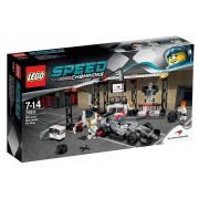 LEGO® Speed Champions Oprirea la boxe McLaren Mercedes 75911