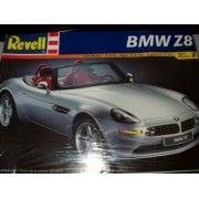 Revell: BMW Z8 (1:24 Scale)