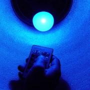 Ampoule LED - Changement de couleur avec télécommande 3W