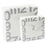 Ceas patrat de perete, 160 x 160 mm, cifre arabe, TIQ - lemn alb