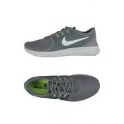 NIKE NIKE FREE RN CMTR - CHAUSSURES - Sneakers & Tennis basses - on YOOX.com