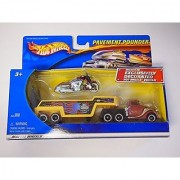 Hot Wheels Pavement Pounder Duncans Motorcycles Bike Custom Muscle Bikes Trailer and Hot Wheels Truck Set