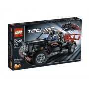 LEGO Technic Pick-Up Tow Truck 9395 by LEGO
